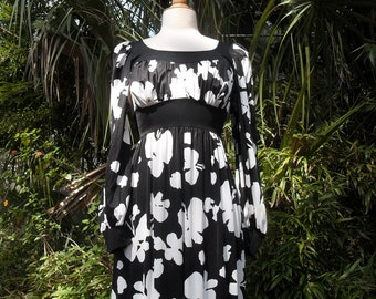 Black and White Op Art 1960s Maxi Dress Olga Hippie Dress