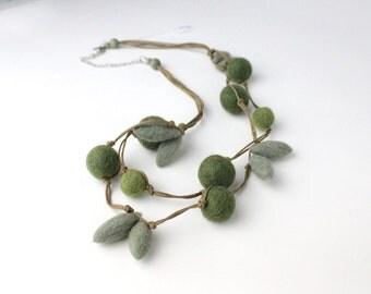 Forrest Green Felt Beaded Necklace