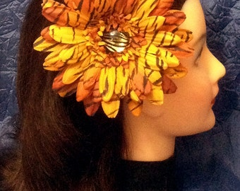 Orange Yellow Tiger Print Gerber Daisy Hair Clip Tiger Print Jewel Center Tiger Daisy Hairclip Ready to Ship