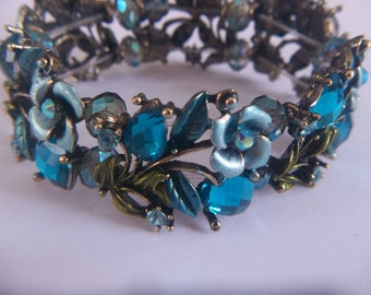 SPECIAL Turquoise Blue - Roses and Hearts Bracelet - Romantic Jewelry Design
