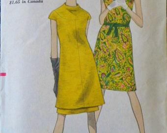 Vintage Vogue A-Line Dress Pattern-Bust 32-Vintage 1960s Vogue 7040 Mod Mini