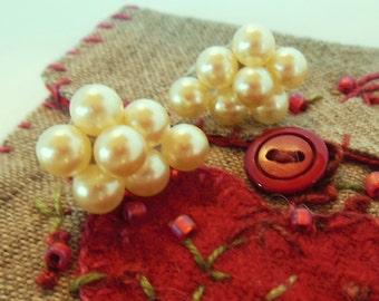 Vintage Sterling Screw Back Earrings Pearl Clusters  50's (item 12)
