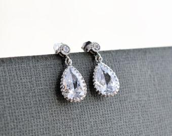 10% OFF, Wedding earrings,White Gold Earrings,Bridal earrings ,Bridesmaids gift,Clear earrings,Post earrings,Stud earrings,Crystal earrings