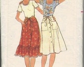 Vintage 1970's Women's T-Shirt and Skirt Pattern, Butterick 4761 Sewing Pattern, Size 10