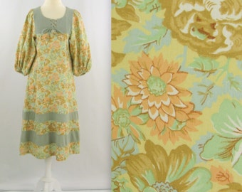 On Sale Vintage 1970s Bohemian A Line Peasant Dress - Sage Green Floral - Small