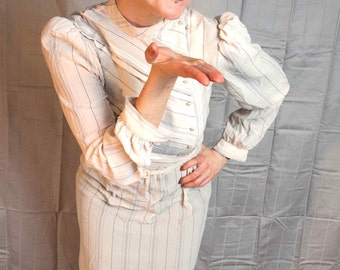 Sweet Sexretary Starlet 1970s Vintage Charlee Allison For Eljay Sheer Pleated Nude Pin Stripe Long Sleeve Dress Sz 9 / 10 / Medium
