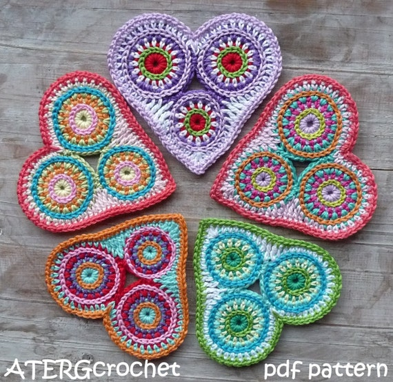 Crochet pattern colorful circle heart by ATERGcrochet