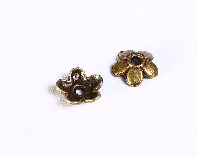 6.5mm antique brass flower beadcaps - Floral bead caps - Petite beadcaps (855) - Flat rate shipping