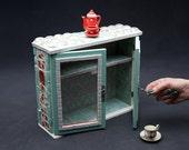 Tiny Teaset cabinet