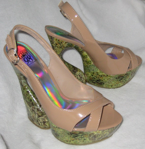 Reserved for Felicia Until 4.25.13 Cannabis Marijuana Hemp Funky Groovy Heels Size 7.5