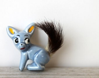 Rare vintage Elzac brooch / 1940s / blue squirrel / mid century / collectible / ceramic / fur tail / baby blue / whimsy / retro / kitsch