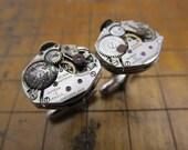 ON SALE.  RUSTY Steampunk Vintage Mechanical Watch Movement Cufflinks.  #633