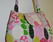 Michelle Patterns - Lots Of Pockets Tote