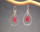 Hammered drop hoops with ruby Aphrodite 64