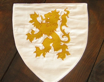 Medieval Knight Heraldry Embroidered Shield Ecu Crest wt Animals Design (M)