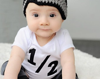 Baby boy crochet hat, newsboy, beanie, gray and black, newborn, baby fashion, photo prop