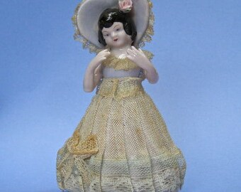 Vintage Porcelain Doll, Girl Figurine, Lace Trimmed Dress, Collectible Cottage Chic,  Made In Japan,  Fun Novelty Decor