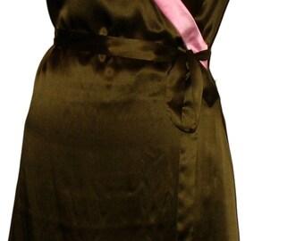 SALE. Dark Green & Pink Silk Wrap Dress in Silk Colorblock. Party Dress. Kimono-Style Wrap with Cap Sleeves, Festive.