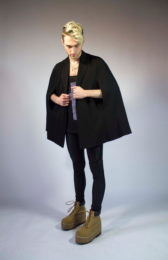 vintage black cape coat / cloak / spring GOTH SM