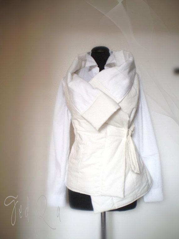 Wrap jacket ,Padded Puffer Gilet Vest Jacket Sleeveless vest jacket in white cotton