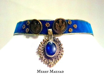 Velvet choker with Scottish thistle buttons and Kuchi arrowhead pendant. Womens OOAK jewelry.