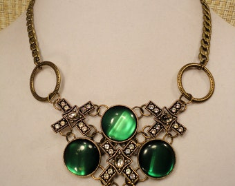 Antique Gold and Green Vintage Style Necklace