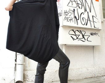 Loose Black  Asymmetrical Top / Short Sleeve Tunic / Extravagant Casual Oversize Top  A12072