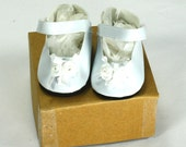 White Hand Embellished Mary Jane Shoes Fit American Girl Doll