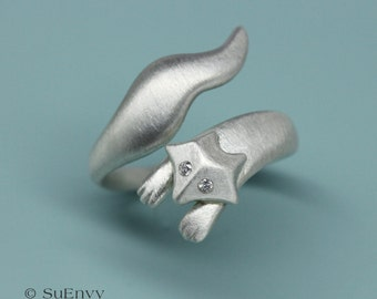 The Running Fox Ring in Sterling Silver with Diamonds, Fox silver ring with Diamonds, Fine jewelry gift for Her