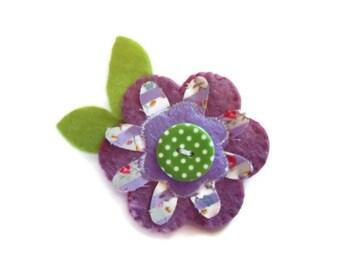 Ladies Flower Brooch.  Womens Accessory.  Flower Corsage. Flower Pin. Lilac Brooch.  Felt Brooch. UK Seller.