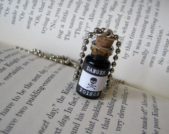 Poison 1ml Glass Bottle Necklace - Glass Vial Pendant - Halloween Poison Toxic Charm