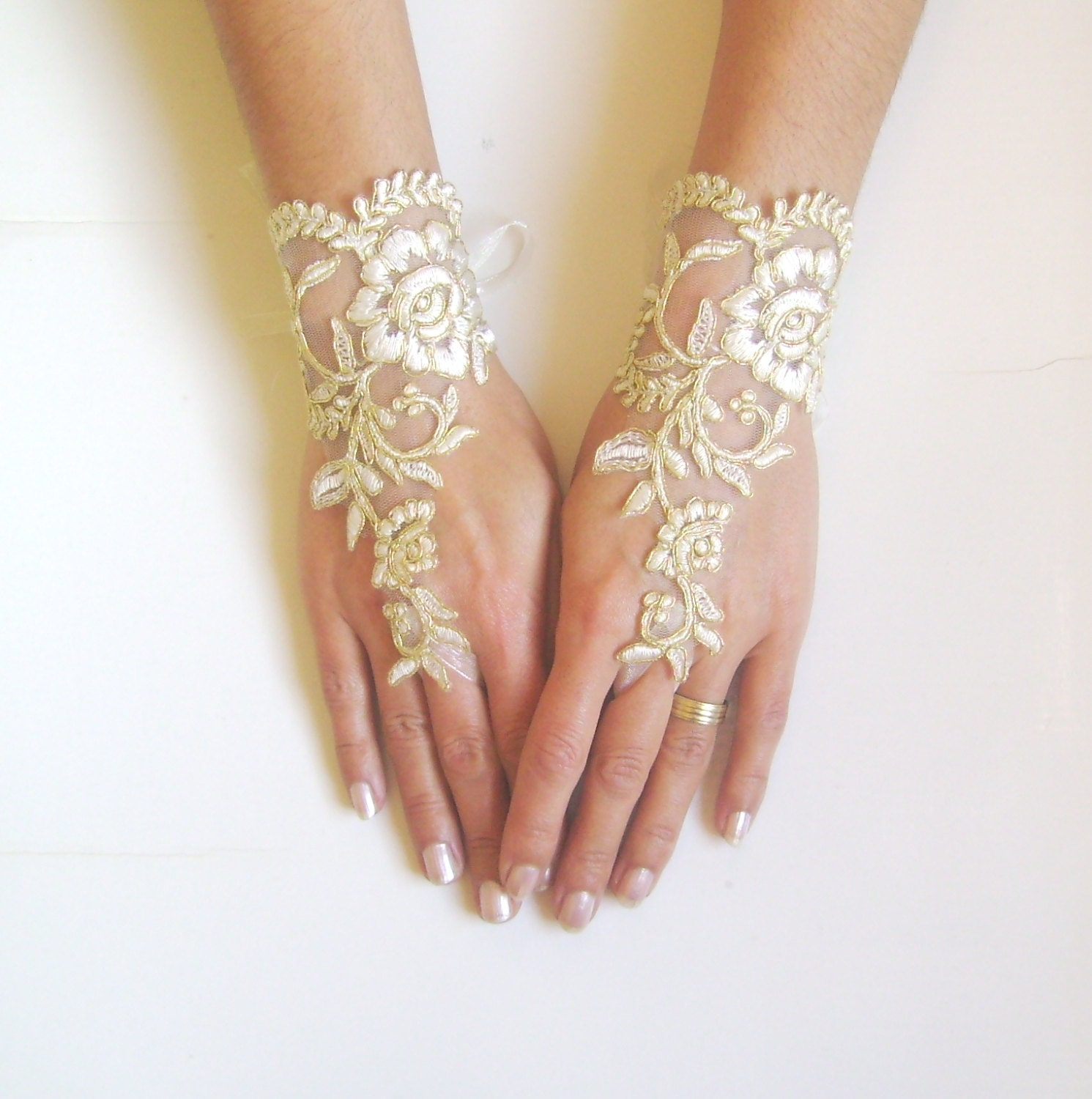 Ivory Gold Wedding Gloves Bridal Gloves Lace Gloves Fingerless