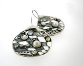 Unique Sterling Silver Earrings, Shell, Pearl, Design by Amir Poran, Israel