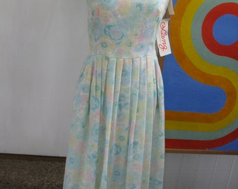 Vintage Sun Dress / New Old Stock by Lanz Originals / M