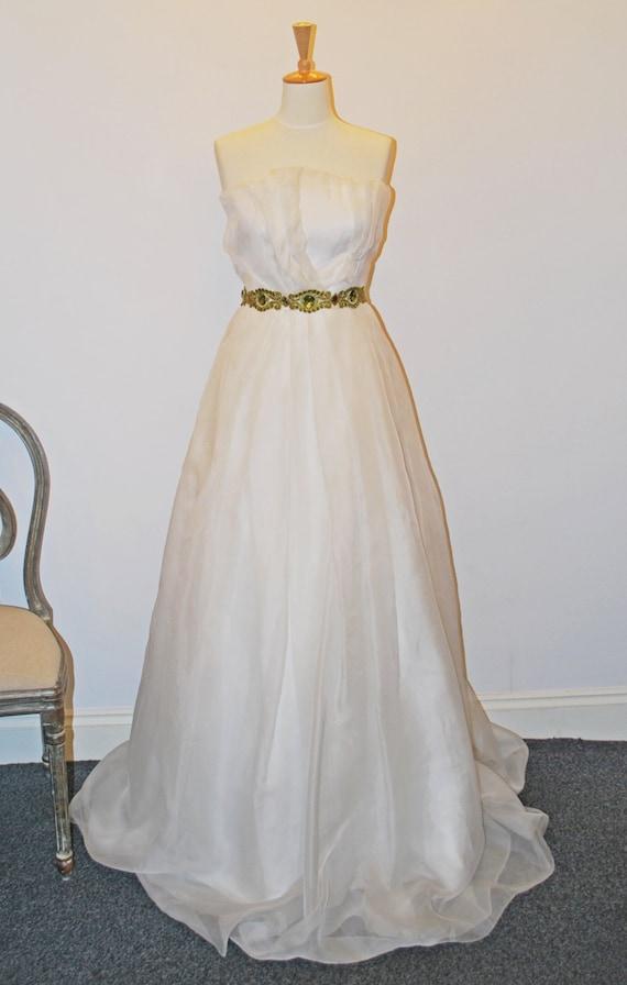 Origami wedding dress size 6UK - photo#13