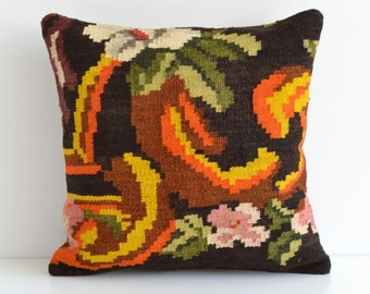 Moldovan Kilim Handwoven Wool Pillow Cover - Bohemian Vintage Home Decor Colorful Floral Pillowcase Shabby Chic Decor Throw Pillows