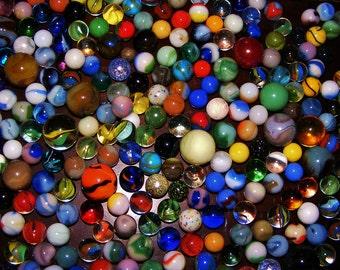 Vintage Marbles ---- lot of 20 Various designs and sizes --FREE SHIPPING--