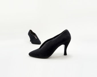 80s Black Heels, Size 6 Black Heel, 80s Designer Pump, Vintage Black Pump, Black Suede Heels, 1980s High Heel, Black Pump Size 6