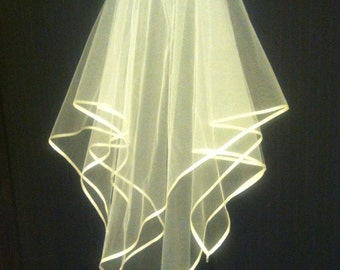 VEIL, Ribbon Edge and Crystal & Pearl Tips, Square Cut, VERY PRETTY