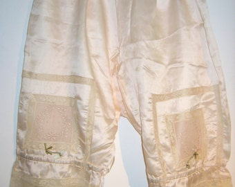 Antique Silk Pantaloons, Pettipants, Bloomers, Panties.  New unworn.  Vintage Lingerie, 1910 1920,  Edwardian, Victorian, Pin up.