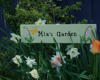 Personalized Garden Sign with stake, Garden Decor, Custom made Garden Sign, Garden Sign, Gift for Gardener