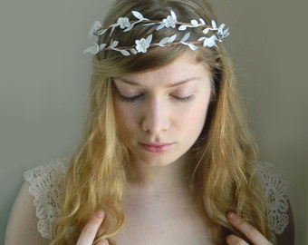 sale - Lady of the Woods Double Crown - White Woodland Rustic Hair Piece - Bridal Head Piece