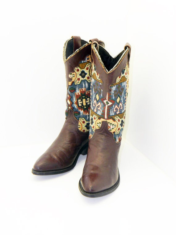womens southwest cowboy style boots size 8 by rubesrelics