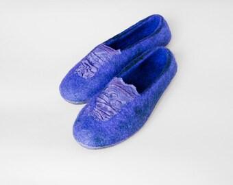 Women wool slippers, flat lace shoes, flat lace bridal slippers, handmade felted wool slippers with lace, Purple black gray beige slippers