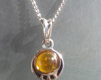 925 Sterling Silver Baltic HONEY Amber Pendant Necklace charm Round Cognac Brown Autumn Colllection Mineral Jewelry gift