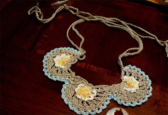 Flowers crochet necklace. Boho fiber art necklace- Silver crochet necklace.Handmade bib crochet necklace. Cotton chic necklace.