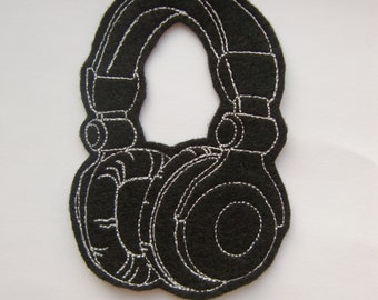 Iron On Patch Headphones Felt Applique in Black and White - embellishment - sew on patch - DIY - black felt - dj equipment - band patch