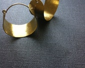 Hammered Wide Brass Hoops (medium)