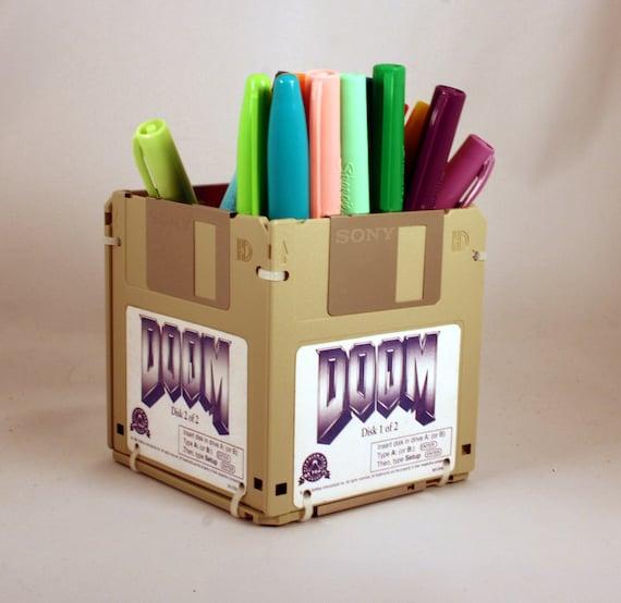 DOOM Video Game Floppy Disk Pen and Pencil Holder (Beige)
