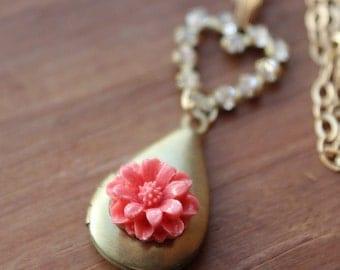 Tamera Locket Necklace - Vintage Brass & Swarovski